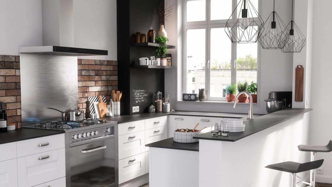 Quelles sont les meilleures astuces pour gagner de l'espace dans une petite cuisine ?