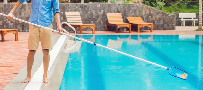 Comment faire pour bien nettoyer une piscine ?